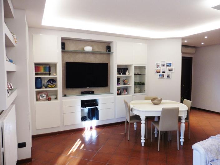 Restyling-soggiorno-in-appartamento-a-Modena-5 ...